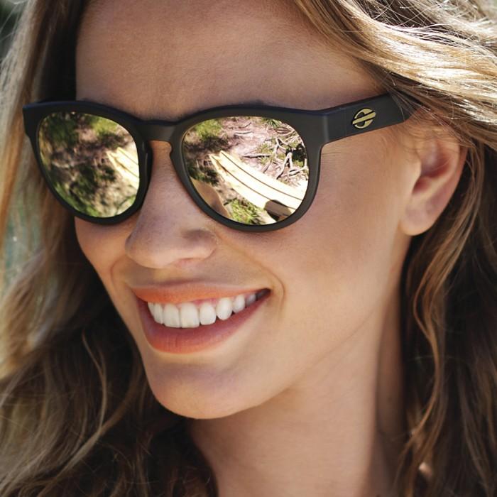 Óculos de Sol Espelhado Feminino, Fotos e Modelos da Moda   Ideias Mix 410c28d472