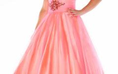 Confira os Mais Belos Vestidos Plus Size de 15 Anos