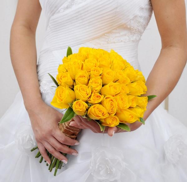 buque de rosas amarelas de casamento