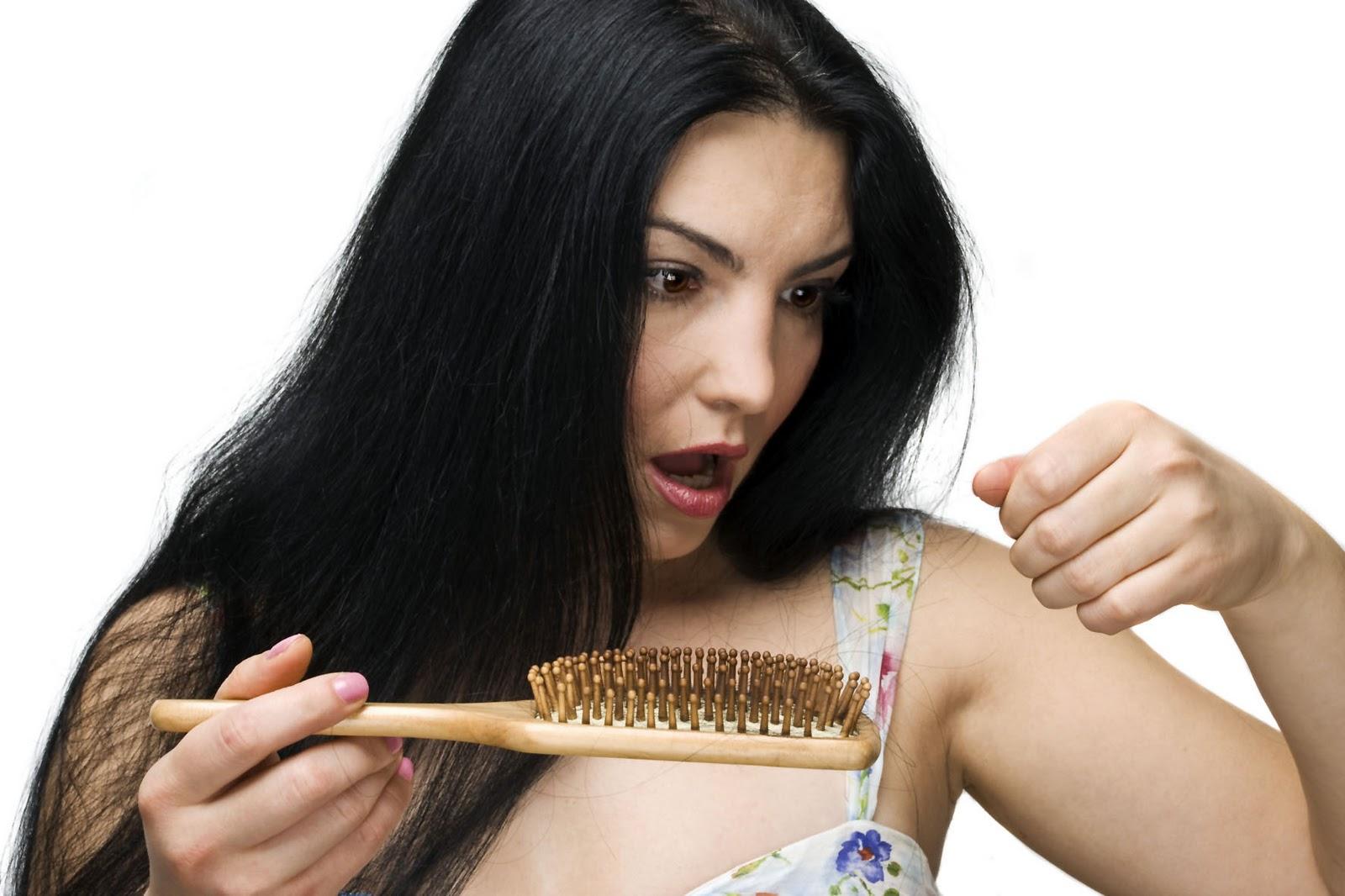 Tratamento Natural para Queda de Cabelo Para Homens e Mulheres