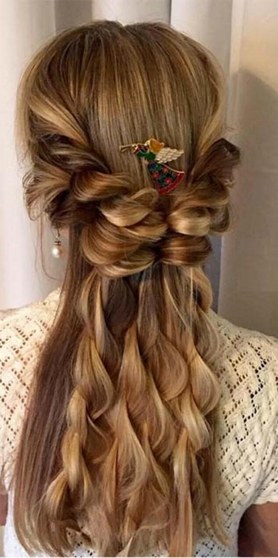 penteado trançado com de forma angelical
