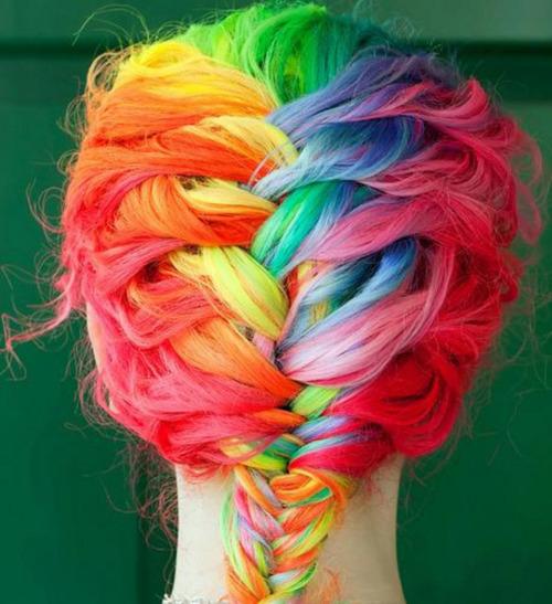 penteados com tranças francesas arco iris